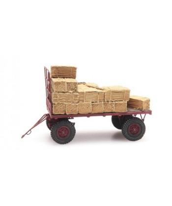 ARTITEC 387.348 – Rimorchio agricolo con carico balle paglia – resina H0
