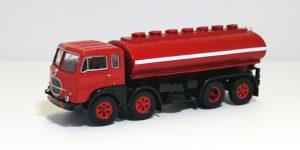 PIRATA PIBK 690.00 – FIAT 690 N1 cisterna per carburante – 1:87